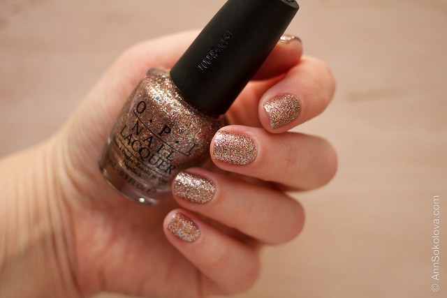 01 OPI   Bring On The Bling