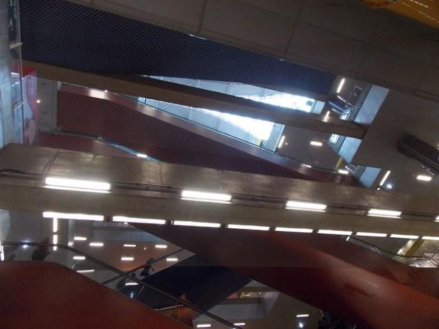 Estação Pinheiros de baixo para cima