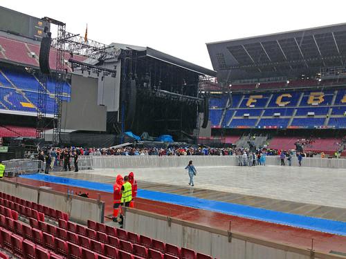 04 Lloviendo en el Camp Nou