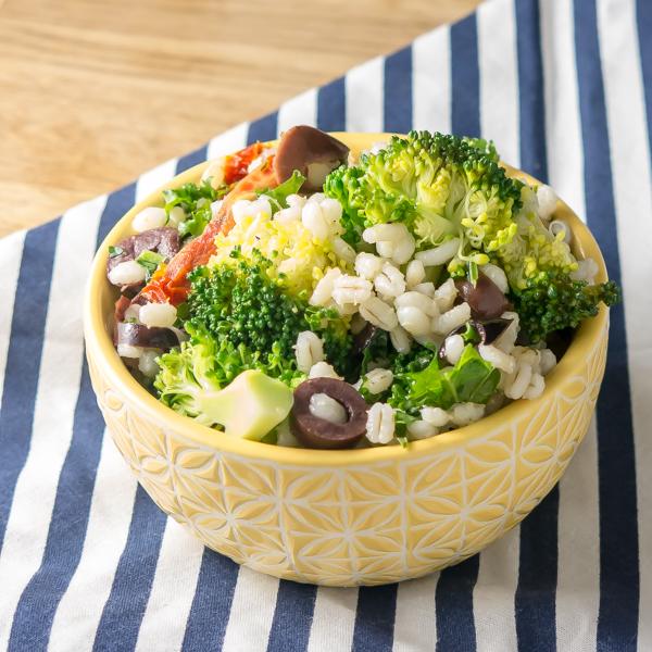 Mediterranean Broccoli and Barley Salad | infinebalance.com #salad #recipe #vegan
