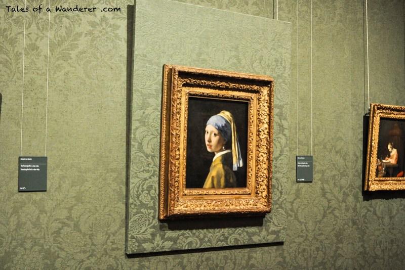 DEN HAAG - Mauritshuis - Meisje met de parel (Johannes Vermeer, ca. 1665-1667)