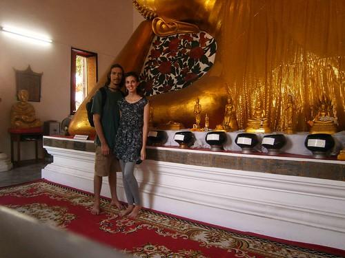 Maha Purettharam Reclining Buddha