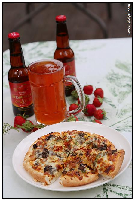 pizza,啤酒,民宿,湖畔花時間,溫泉,美人湯,美食,苗栗,草莓生啤酒 @VIVIYU小世界