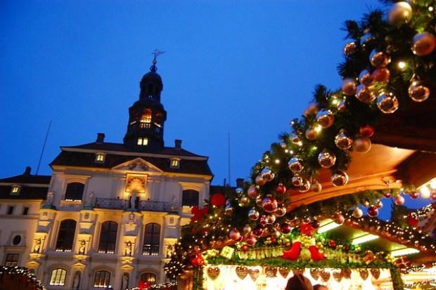 Weihnachtsmarkt am Rathaus: Lüneburg's Christmas Markets | No Apathy Allowed