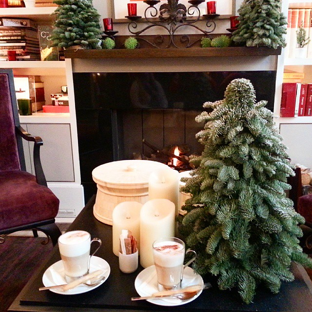 Fireside cappuccinos yesterday with @blondieluxe at the most darling boutique hotel Villa Madame. #Paris #ChristmasInParis #VillaMadame