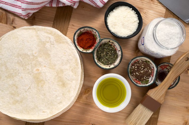 Flour tortilla chip ingredients