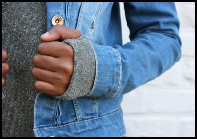 sweaterdress (close-up)