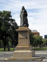 victoria statue adelaide