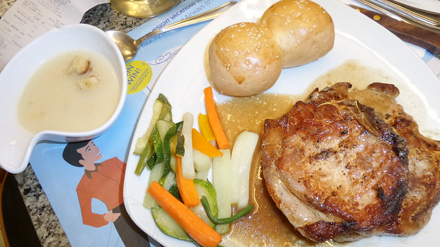 Pork chop au poivre