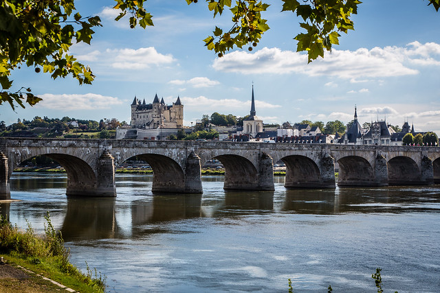 Chateau de Saumur and bridge over the Loire