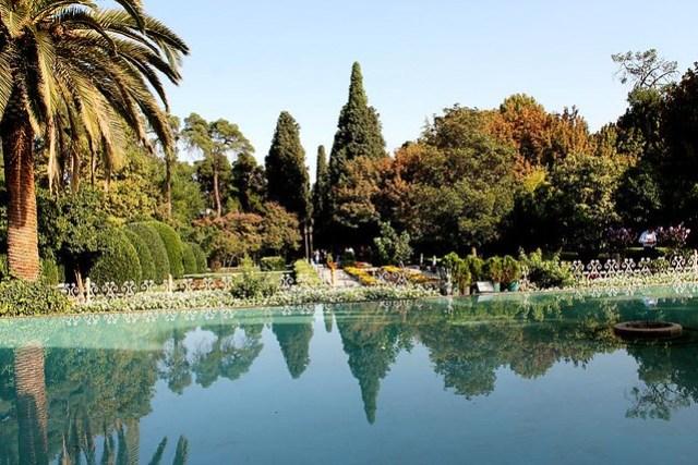 Shiraz. Jardines Eram