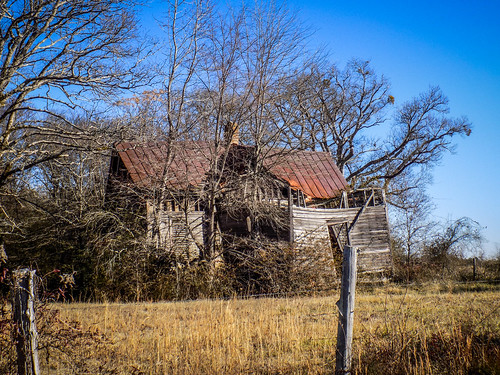 Hurrican Road House-001