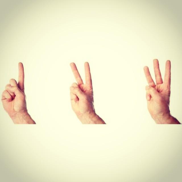 Un, dos, tres... taca taca taca taca taca ta ca jajajaja feliz cumpleaños a @victordrija gracias por enseñarnos a contar! Qué divertido! Yupiiii!