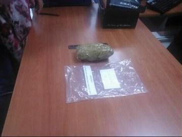 Detiene la PME a dos presuntos distribuidores de droga
