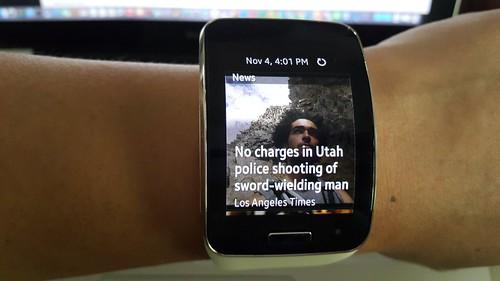 Widgets ข่าว บน Galaxy Gear S