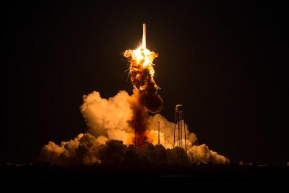 Orbital Sciences Antares Launch (201410280009HQ)