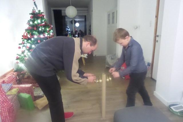 Versier de kerstboom spel