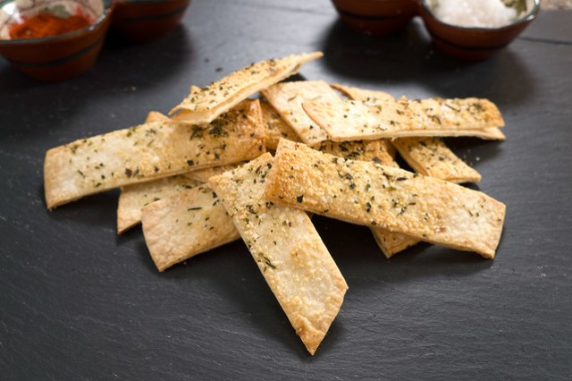 Italian Herb and Parmiggiano Reggiano flour tortilla chips