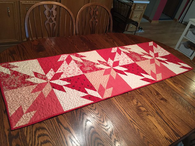 Hunter's Star Quilt finised and on my dining table