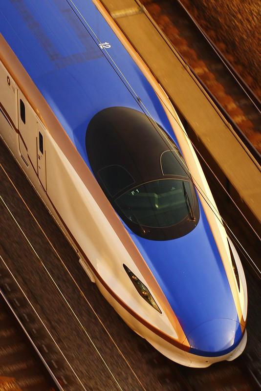 JR Hokuriku Shinkansen Series E7