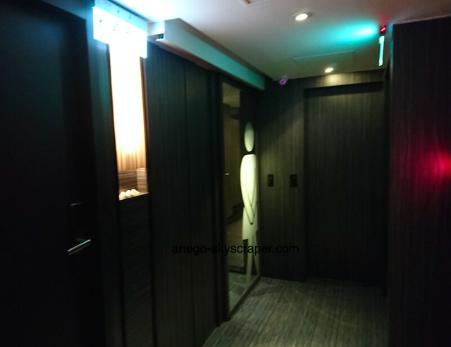ポッシュパッカー バスルーム入り口