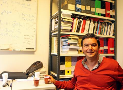 14k10 Thomas Piketty2014-11-109599 variante Uti 485