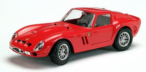 Burago Ferrari 250 GTO 62 1-020