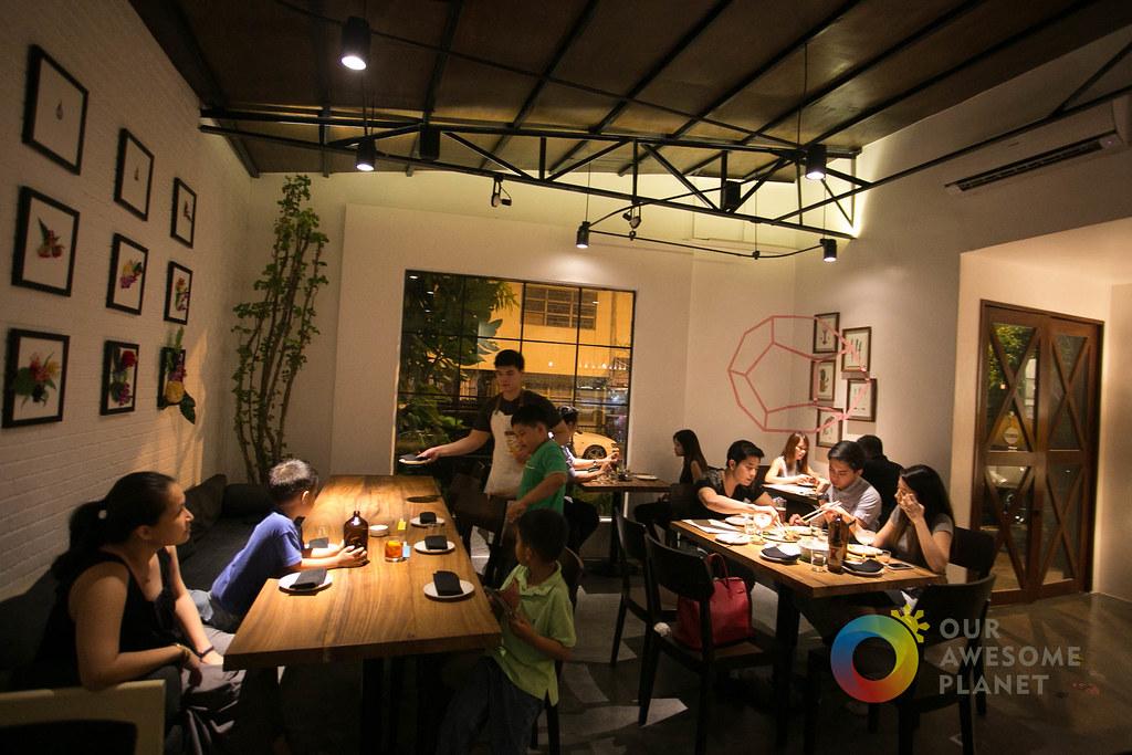 12-10 Restaurant-16.jpg