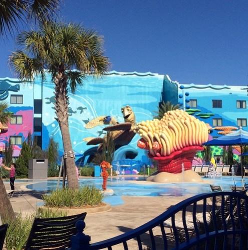 Orlando - Disney World - Disney's Art of Animation Resort - Finding Nemo - The Big Blue Pool