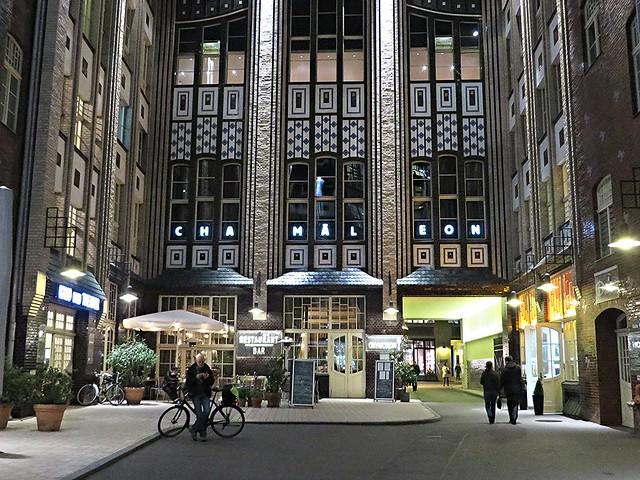 Chamaeleon theatre, hackesche hofe, berlin, things to do in berlin, shows in berlin