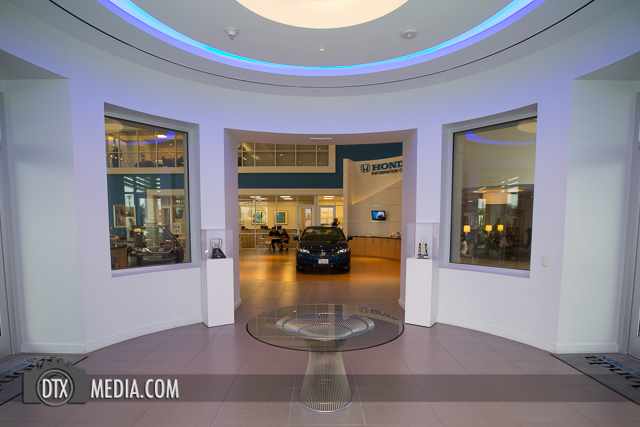 Burleson Honda Dealership Entrance