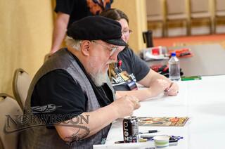 NWC38-Thursday-GRRM Signing 3