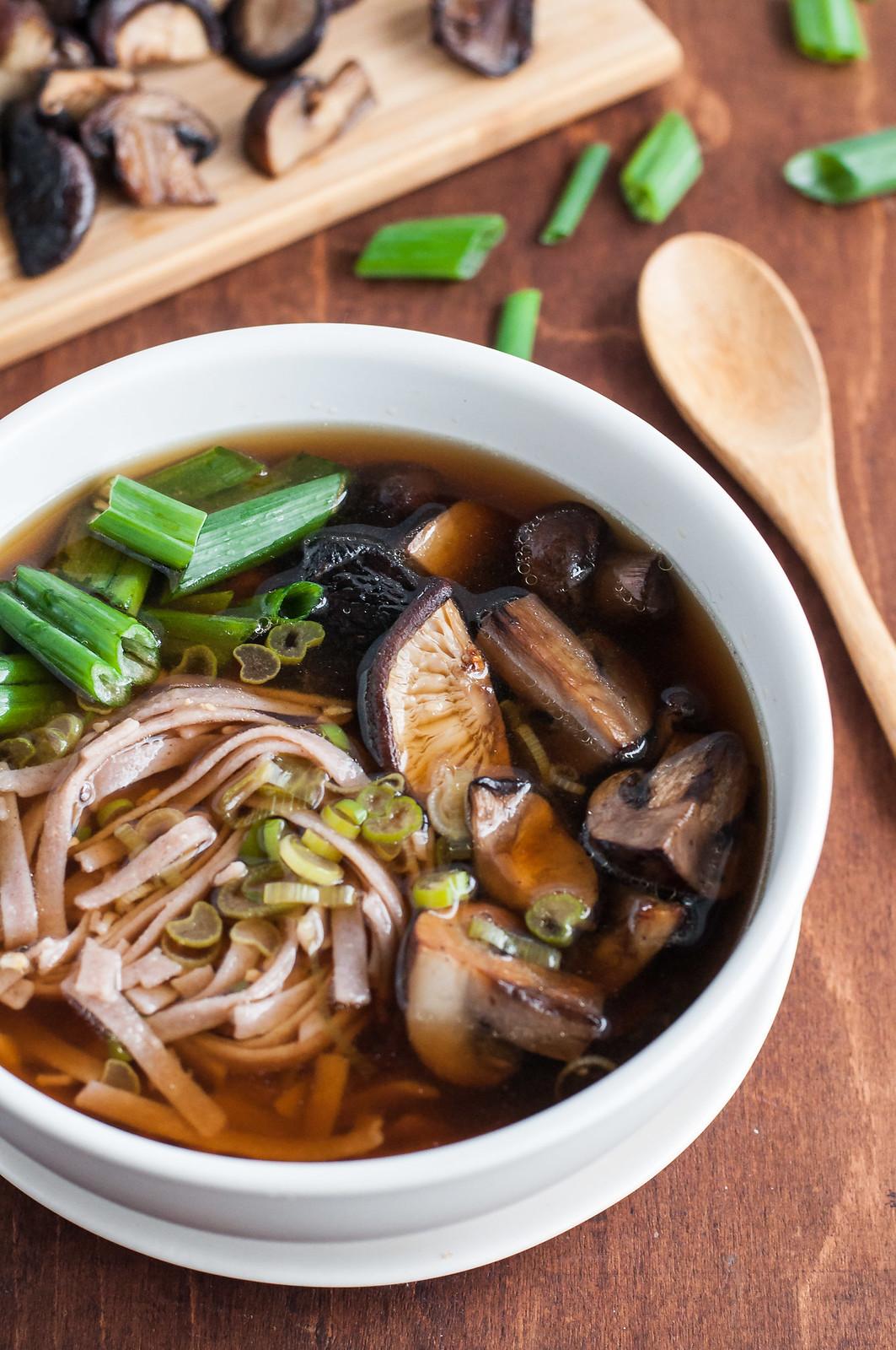 Easy, vegan roasted mushroom noodle soup bowl
