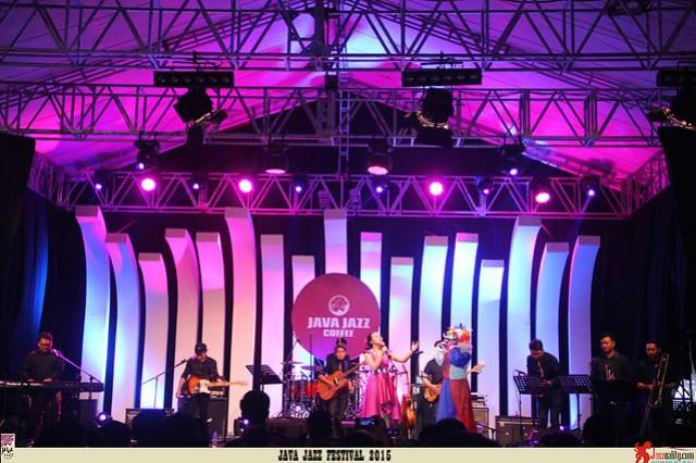 Java Jazz Festival 2015 Day 3 - Yura