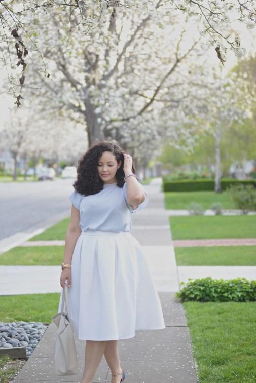 (plus size) White Skirt & Stud Flats