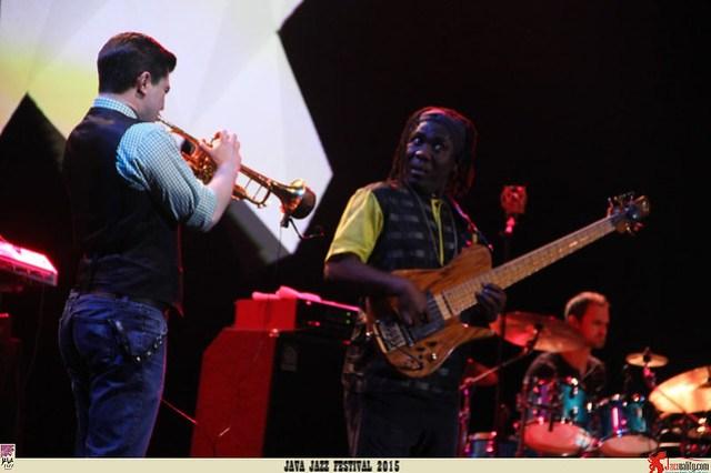 Java Jazz Festival 2015 Day 2 - Richard Bona