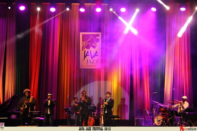 Java-Jazz-Festival-2015-Day-3---Maurice-Brown
