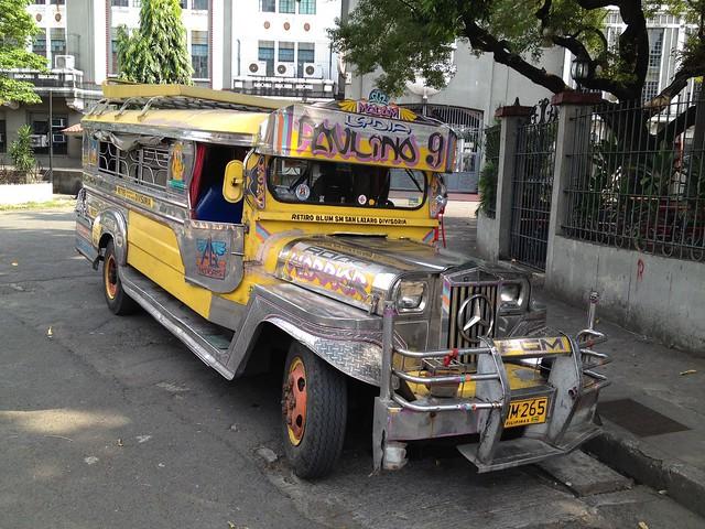 Lujoso Jeepney visto en Intramuros