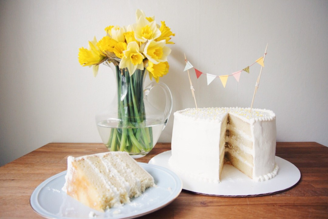 lemon gradient cake hero