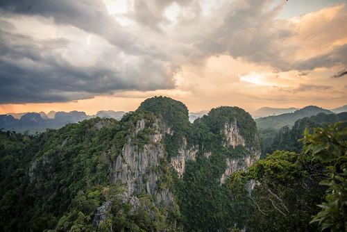 16683987273_75d110476a Amazing Mountain photos - Mountain