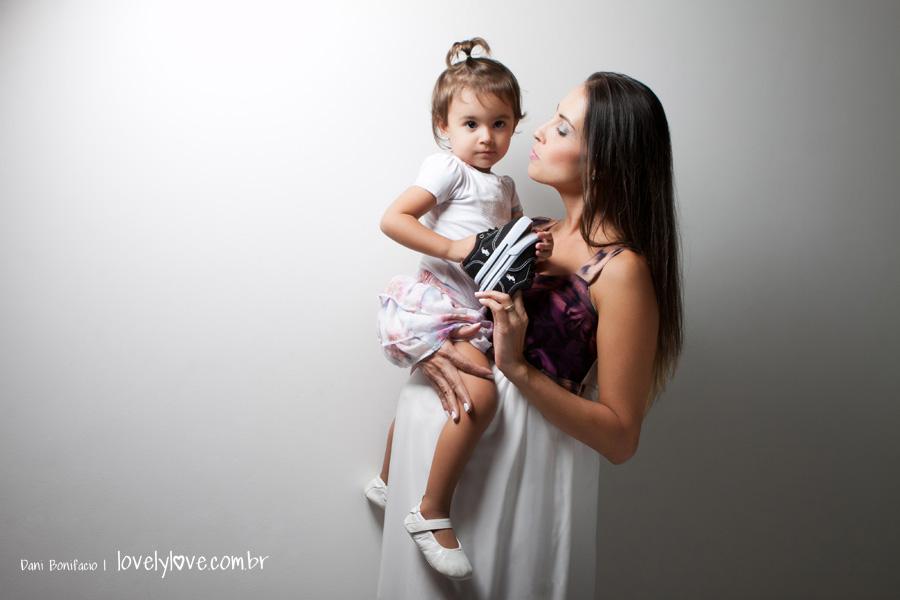 danibonifacio-lovelylove-fotografia-foto-gestante-gravida-ensaio-book-estudio-externo-balneariocamboriu6