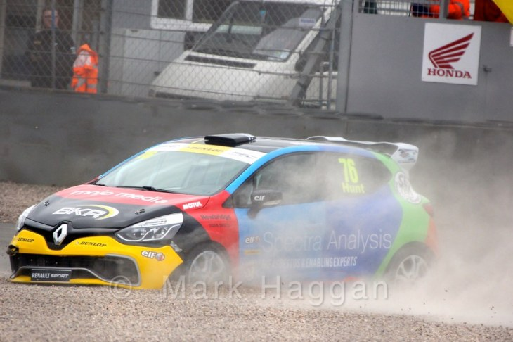 Freddie Hunt spins off during the Renault UK Clio Cup at Donington Park, April 2015