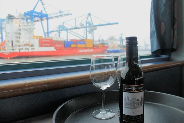 Merlot con vistas al puerto de Róterdam