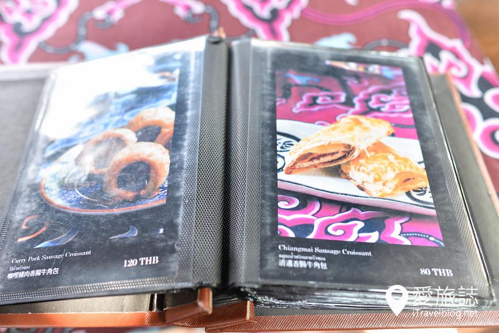 《清迈美食餐厅》Tichaa Tearoom by HARNN:尼曼文青商圈下午茶,享受茶香加书香的好气氛