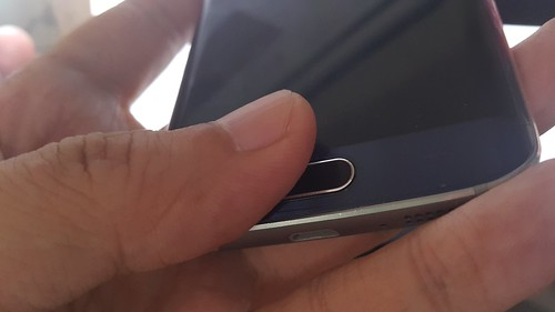 ปุ่ม Home ของ Samsung Galaxy S6 edge เป็นตัวสแกนลายนิ้วมือ