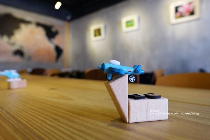 28469540062 a13de55710 c - 旅圖好咖You Tu Cafe-盤餐巧巴達午時特餐沙拉點心.還有漂亮的微舒打系列飲品.世紀小吃對面