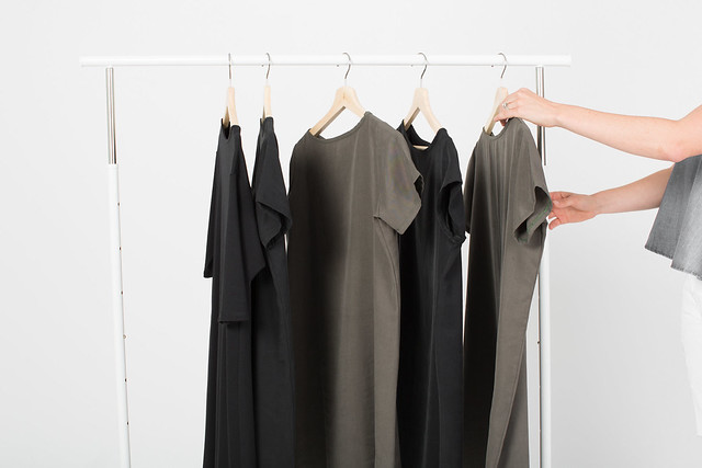 Essential-dresses-capsule-wardrobe