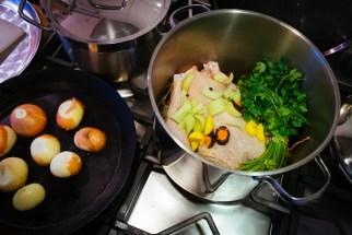 Preparing chicken broth for Frikassee