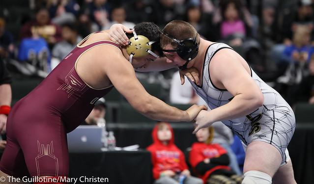 285AASemifinal - Logan Wingert (Plainview-Elgin-Millville) 44-7 won by decision over Dustin Portales (Fergus Falls) 35-4 (Dec 3-2). 190302AMC3522