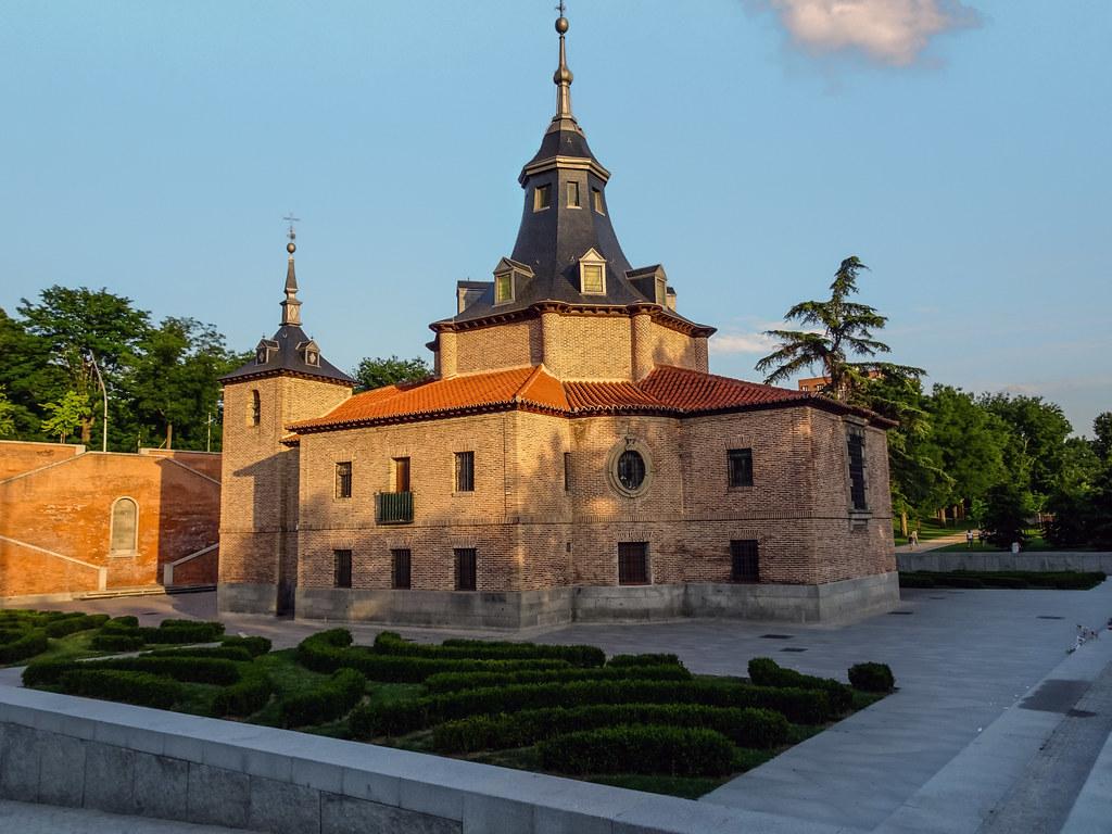 exterior Ermita Virgen del Puerto Madrid 01